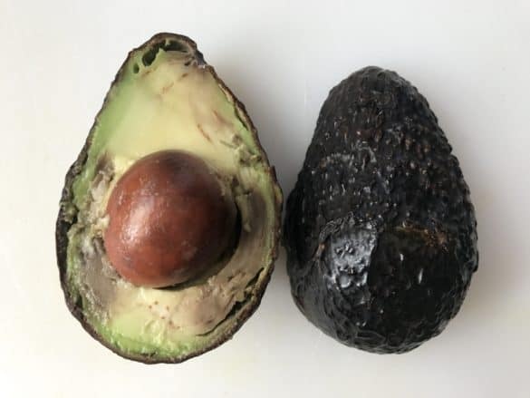 One simple trick - How to use your brown avocado 3