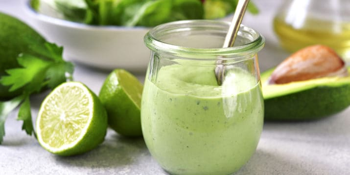 How to make a healthy avocado dressing in only 5 minutes