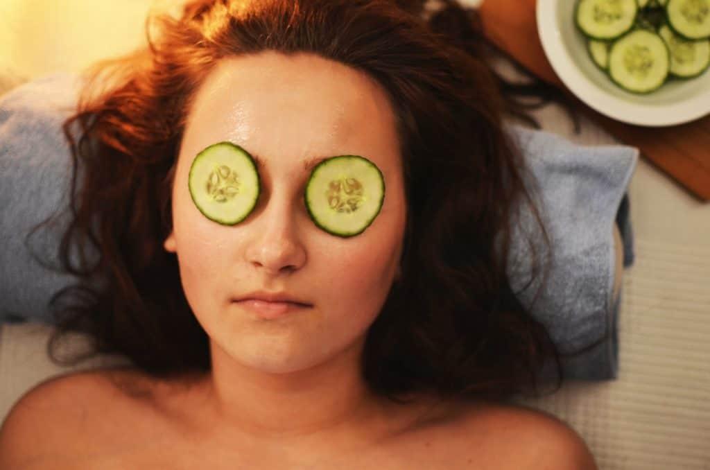 how avocado benefits your skin