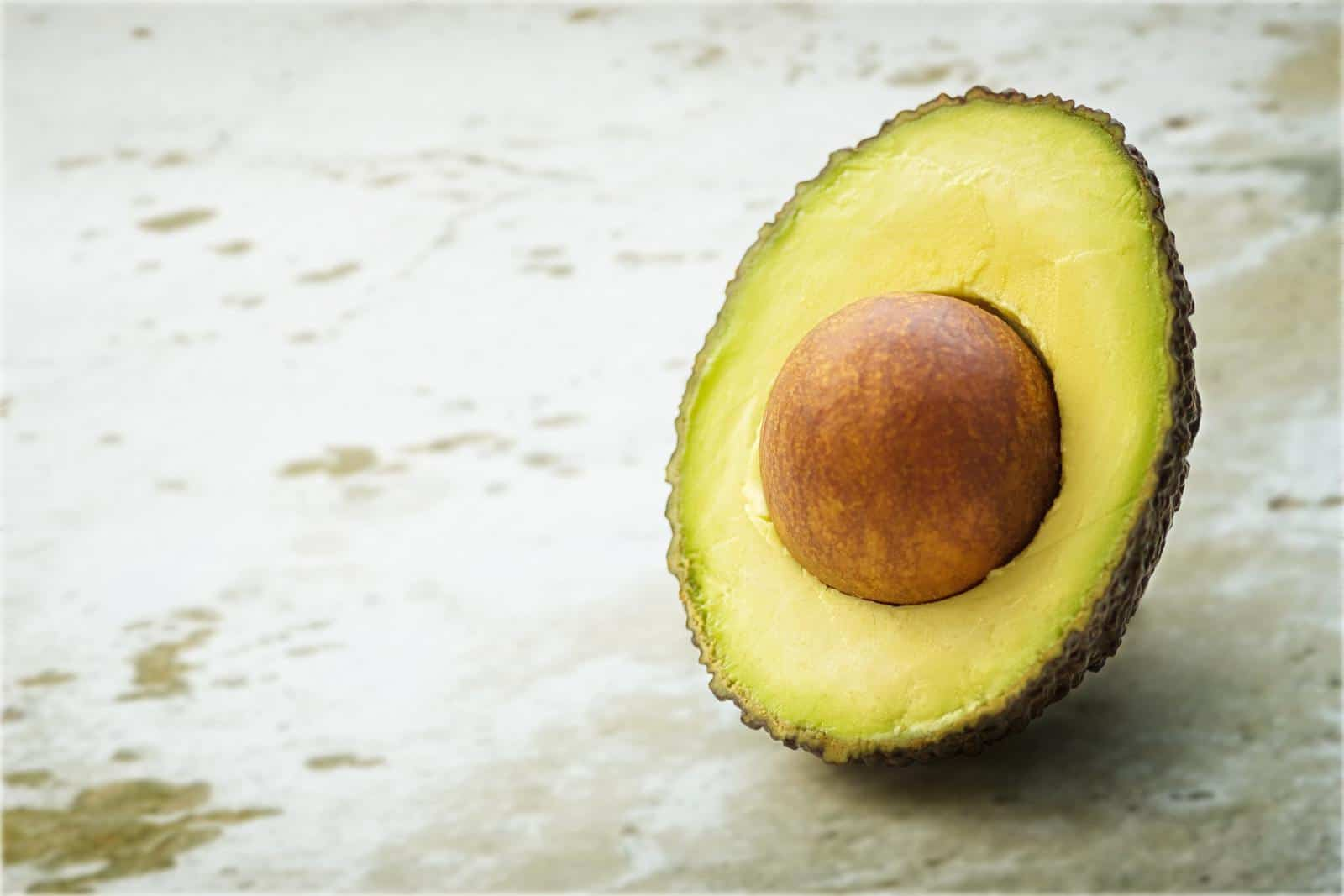 eat an avocado seed
