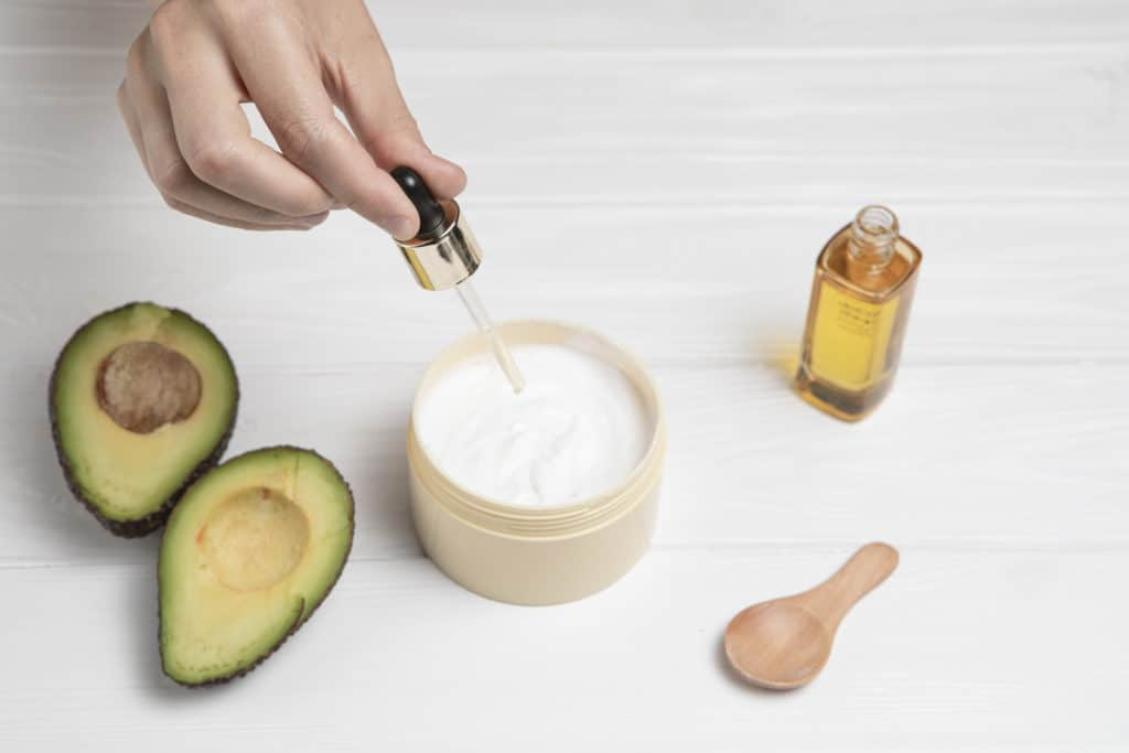 What are the Benefits of Avocado Face Masks? 1