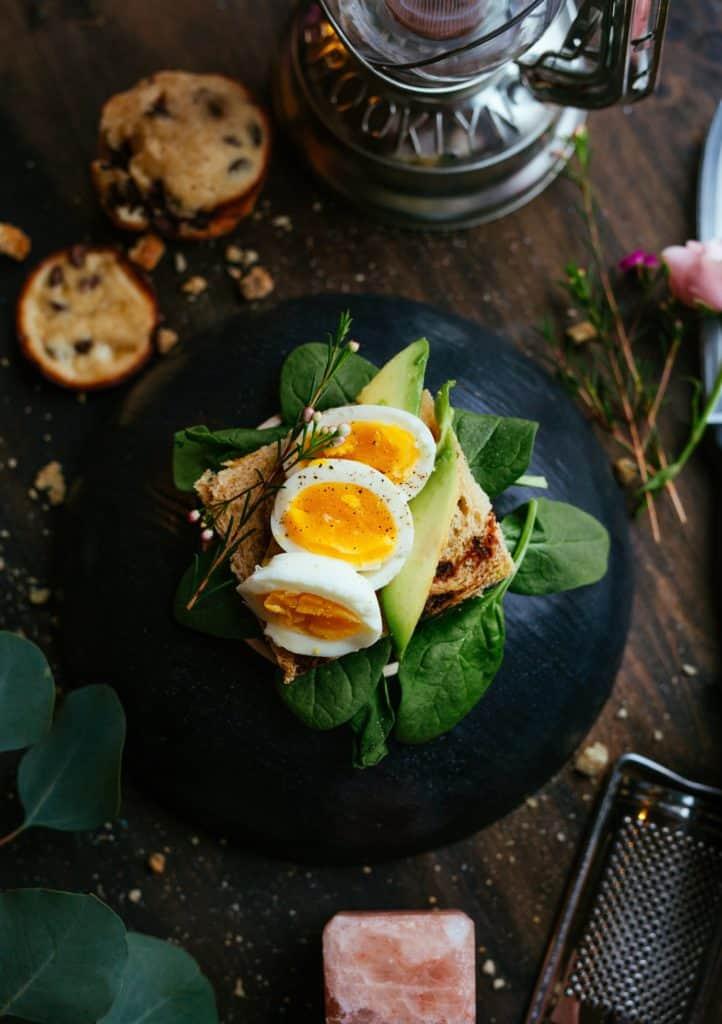 15 best avocado recipes - Baked Avocado and Eggs